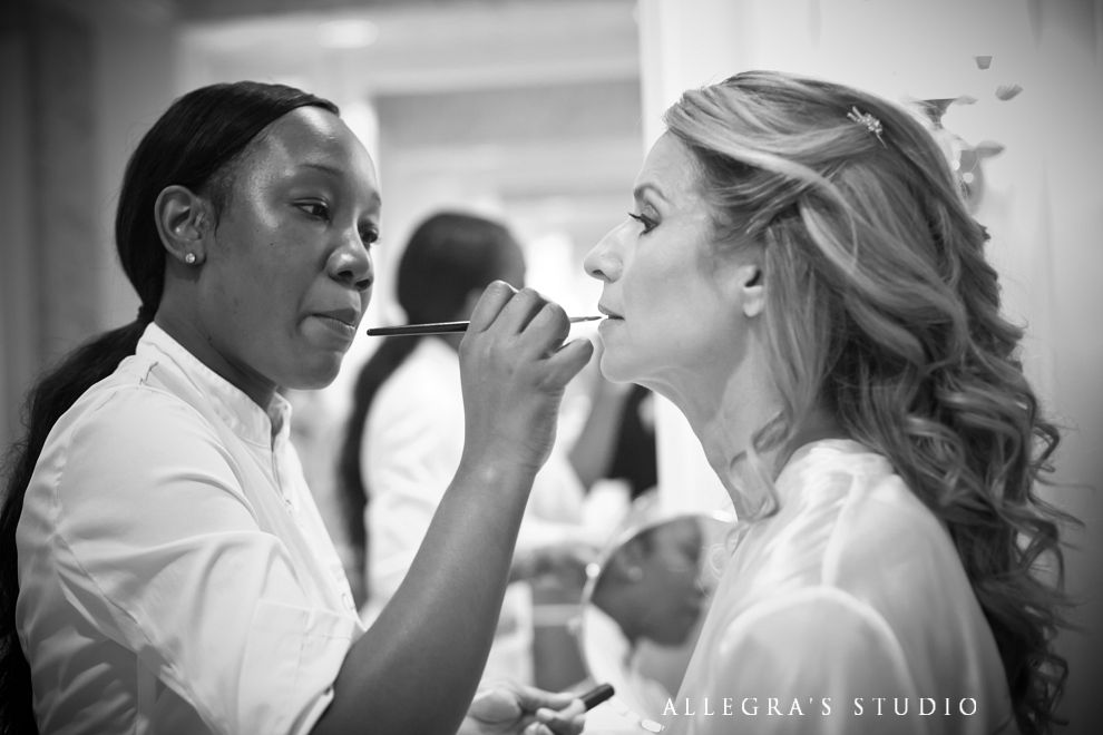 bride gets make up
