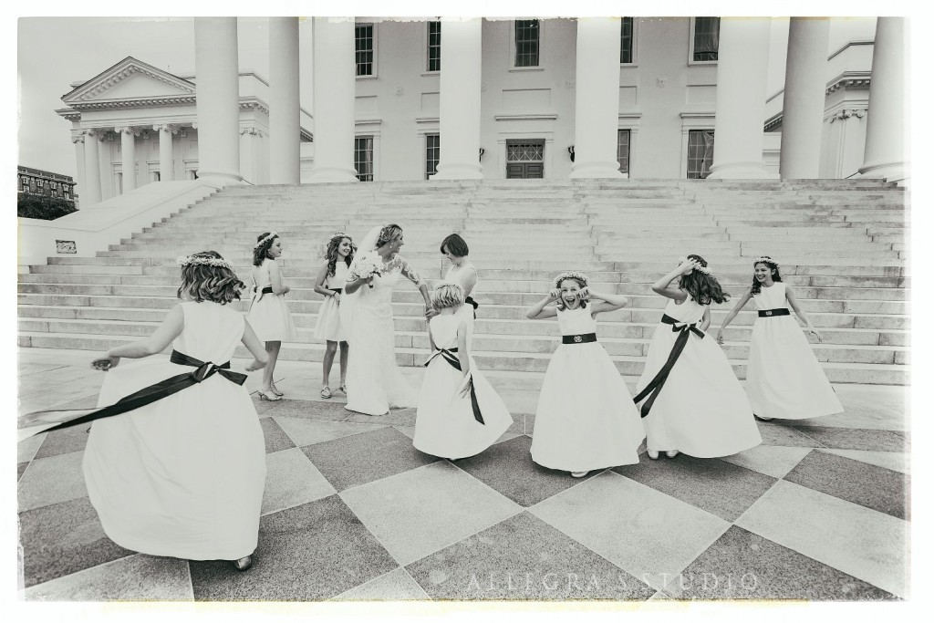 Bride and flower girls at the Richmond state capitol building